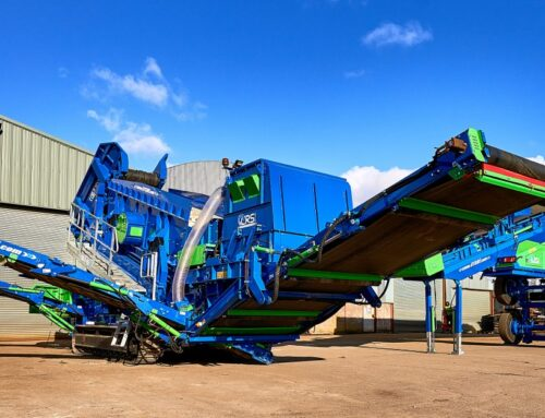 CRS TF515 Tracked Combi Screen along with CRS 021 Mobile Picking Station